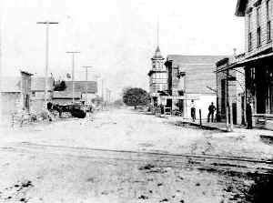 Picture of Main Street in the 1890's (approximately)